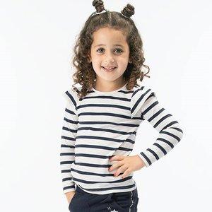 Blauw met wit gestreept shirt